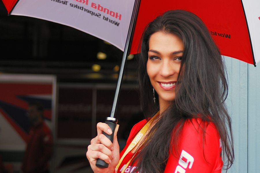 Honda umbrella girl